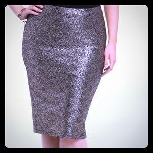Metallic knit pencil skirt